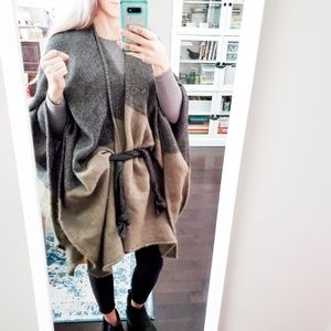 Kate & Leo belted wrap